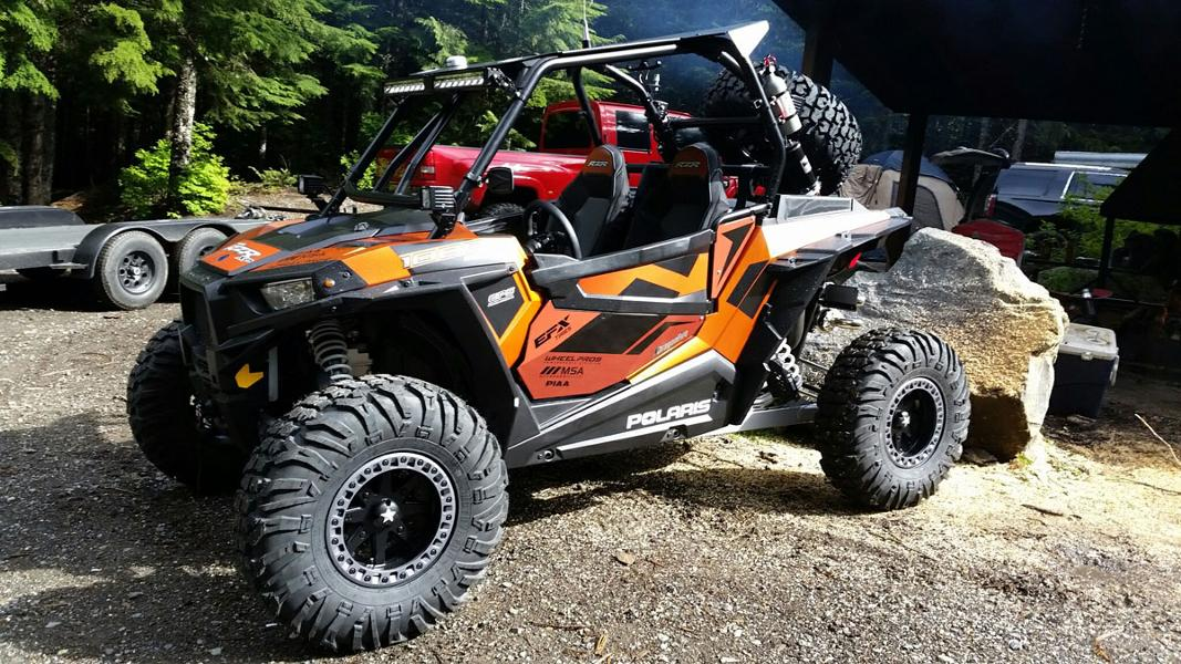 M31 Lok2 Beadlock Wheels on Polaris RZR XP 1000